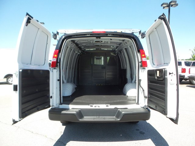 2019 Express 2500 4x2,  Empty Cargo Van #M1257757 - photo 1