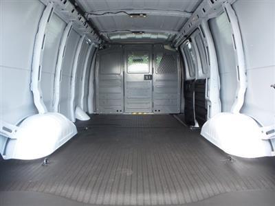 2019 Express 2500 4x2,  Empty Cargo Van #M1267053 - photo 2
