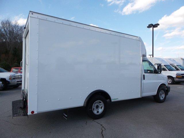 2018 Express 3500 4x2,  Rockport Cutaway Van #M1345376 - photo 1