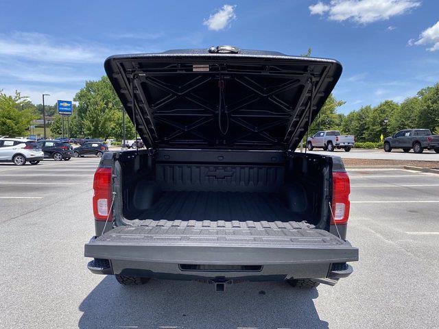 2017 Chevrolet Silverado 1500 Crew Cab 4x4, Pickup #M18311B - photo 11