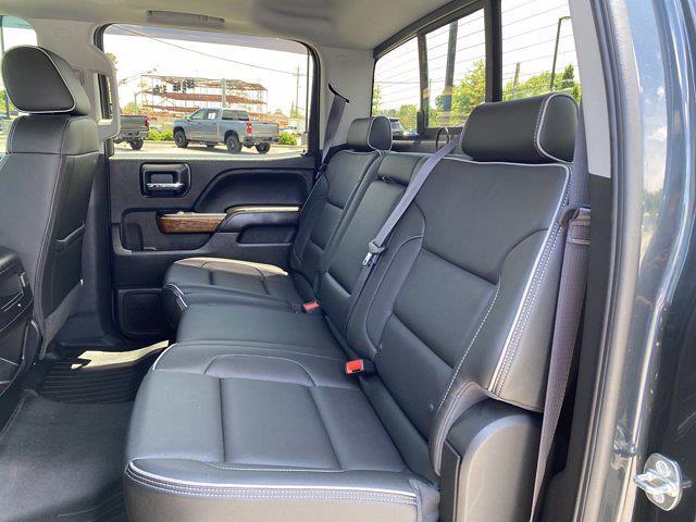 2017 Chevrolet Silverado 1500 Crew Cab 4x4, Pickup #M18311B - photo 24