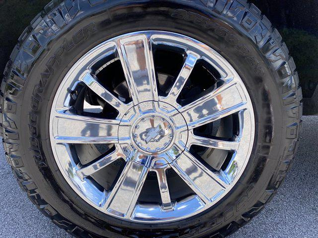 2017 Chevrolet Silverado 1500 Crew Cab 4x4, Pickup #M18311B - photo 40