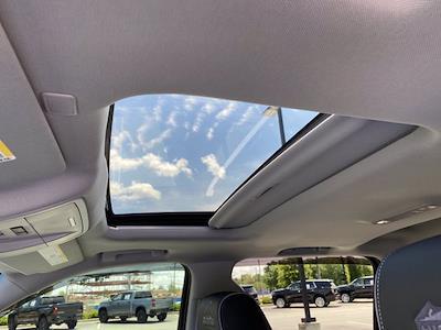2017 Chevrolet Silverado 1500 Crew Cab 4x4, Pickup #M18311B - photo 25