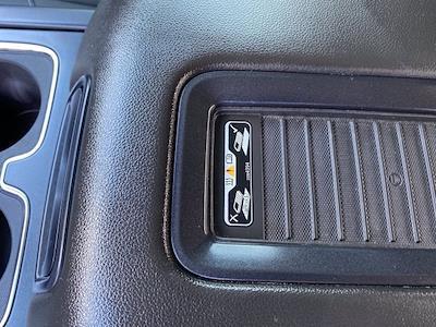 2017 Chevrolet Silverado 1500 Crew Cab 4x4, Pickup #M18311B - photo 34