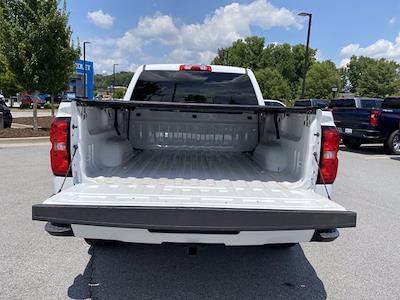 2018 Chevrolet Silverado 1500 Crew Cab 4x4, Pickup #M21727B - photo 10