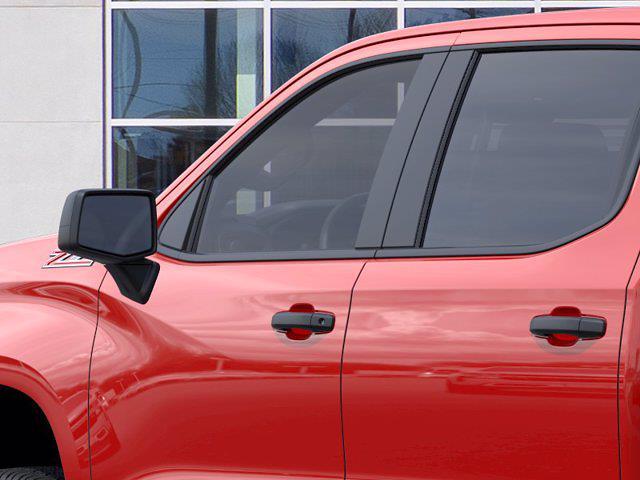 2021 Chevrolet Silverado 1500 Crew Cab 4x4, Pickup #M28966 - photo 10