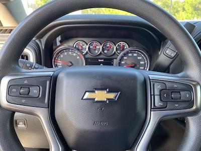 2020 Chevrolet Silverado 1500 Double Cab 4x4, Pickup #M48089A - photo 10