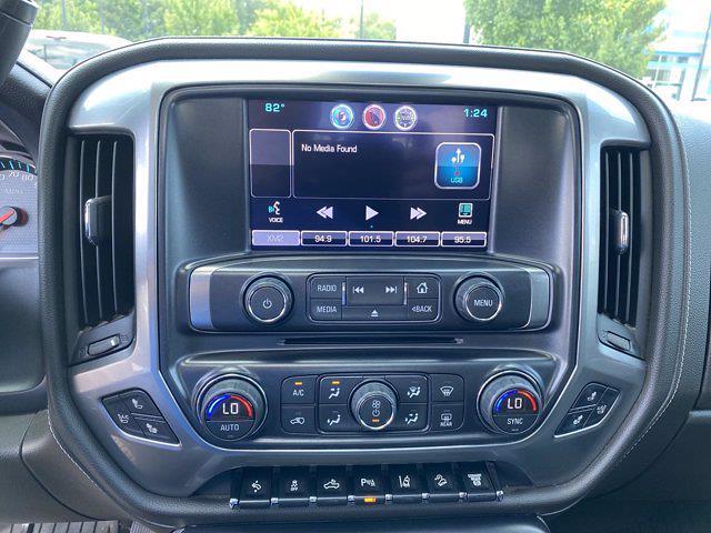 2015 Chevrolet Silverado 2500 Crew Cab 4x4, Pickup #M48094A - photo 21