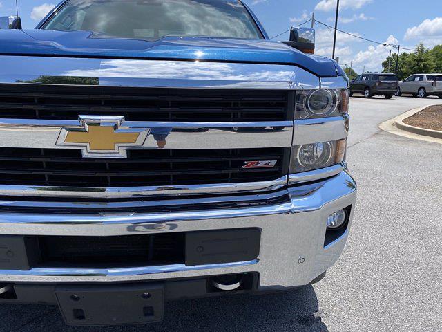 2015 Chevrolet Silverado 2500 Crew Cab 4x4, Pickup #M48094A - photo 5