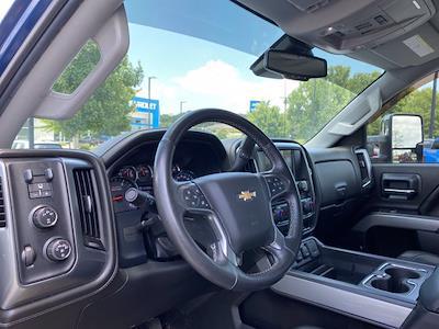 2015 Chevrolet Silverado 2500 Crew Cab 4x4, Pickup #M48094A - photo 17