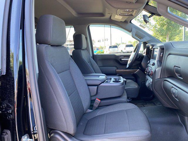 2020 Chevrolet Silverado 1500 Crew Cab 4x4, Pickup #M50619A - photo 17