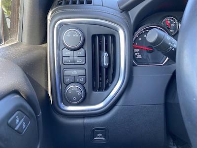 2020 Chevrolet Silverado 1500 Crew Cab 4x4, Pickup #M50619A - photo 19
