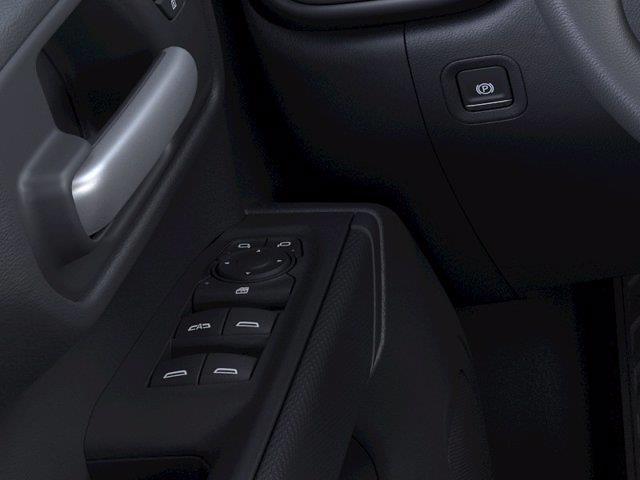 2021 Chevrolet Silverado 1500 Crew Cab 4x4, Pickup #M52797 - photo 19