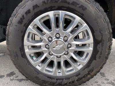 2020 Chevrolet Silverado 2500 Crew Cab 4x4, Pickup #M53992A - photo 11