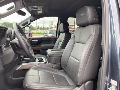 2020 Chevrolet Silverado 2500 Crew Cab 4x4, Pickup #M53992A - photo 4