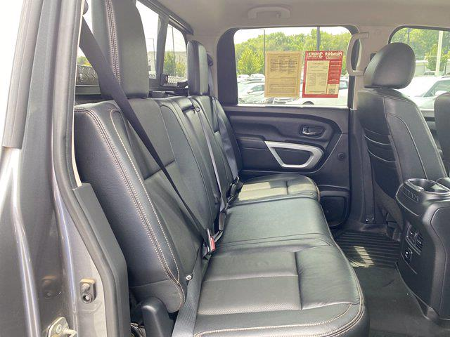 2017 Nissan Titan Crew Cab 4x4, Pickup #M65989A - photo 18