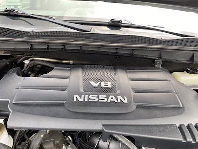 2017 Nissan Titan Crew Cab 4x4, Pickup #M65989A - photo 14