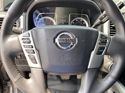 2017 Nissan Titan Crew Cab 4x4, Pickup #M65989A - photo 26