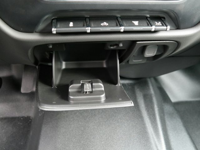 2019 Silverado 3500 Crew Cab DRW 4x2,  Warner Select II Service Body #MF144173 - photo 30