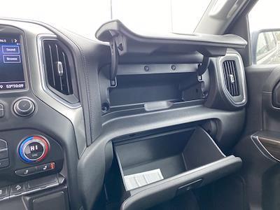2020 Chevrolet Silverado 1500 Crew Cab 4x4, Pickup #P20716 - photo 32