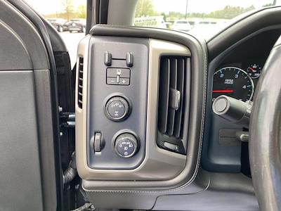 2018 GMC Sierra 2500 Crew Cab 4x4, Pickup #P20748 - photo 21