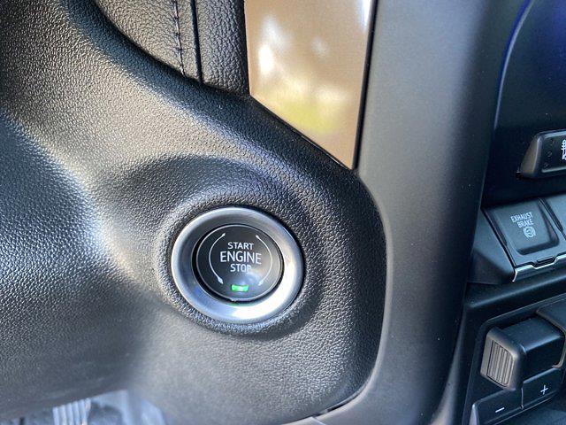 2021 Chevrolet Silverado 2500 Crew Cab 4x4, Pickup #P20793 - photo 25