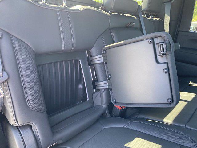 2021 Chevrolet Silverado 2500 Crew Cab 4x4, Pickup #P20837 - photo 19