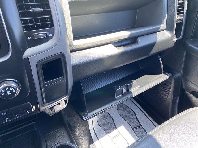 2017 Ram 3500 Crew Cab DRW 4x4, Platform Body #P20848 - photo 27