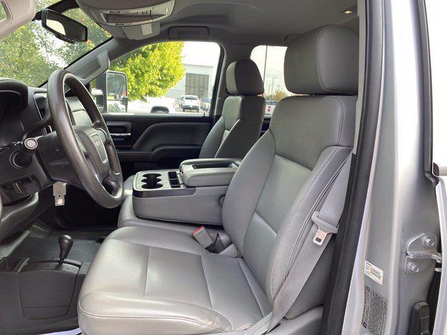 2015 GMC Sierra 3500 Crew Cab DRW 4x4, Platform Body #P20850 - photo 16