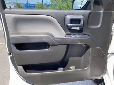 2015 Chevrolet Silverado 2500 Crew Cab 4x4, Pickup #P20852 - photo 15