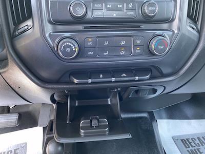 2015 Chevrolet Silverado 2500 Crew Cab 4x4, Pickup #P20852 - photo 25