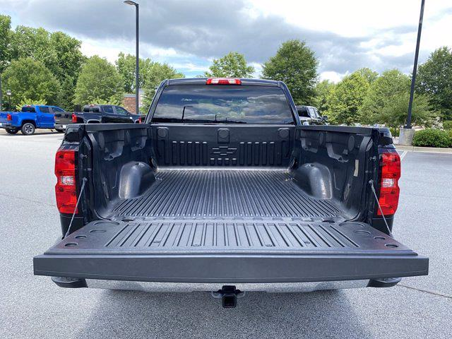 2018 Chevrolet Silverado 1500 Double Cab 4x4, Pickup #P20971 - photo 11