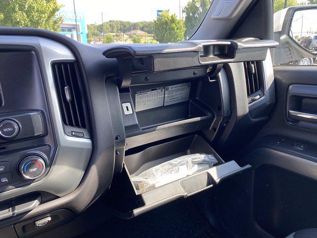 2015 Chevrolet Silverado 1500 Crew Cab 4x2, Pickup #P20971A - photo 16