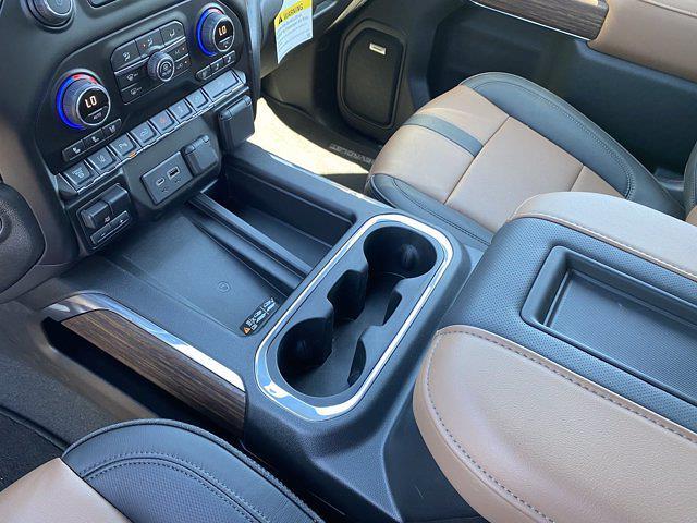 2021 Chevrolet Silverado 2500 Crew Cab 4x4, Pickup #P21002 - photo 33