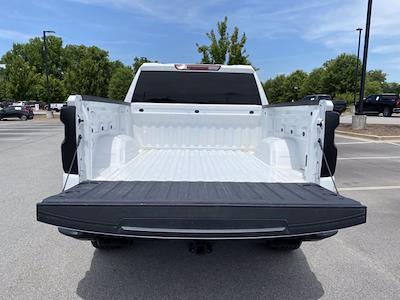 2020 Chevrolet Silverado 1500 Crew Cab 4x4, Pickup #P21050 - photo 16