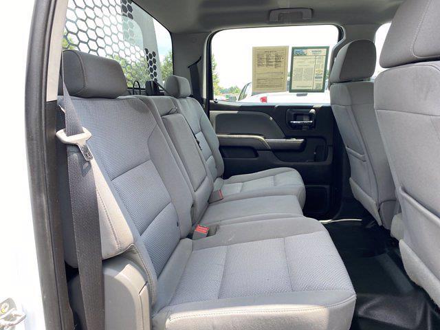 2018 GMC Sierra 3500 Crew Cab DRW 4x4, Platform Body #P21110 - photo 17