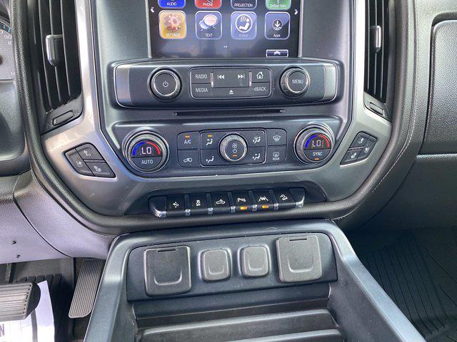 2018 Chevrolet Silverado 1500 Crew Cab 4x4, Pickup #SA20891A - photo 28