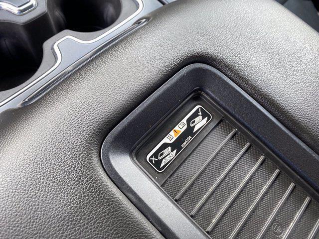 2018 Chevrolet Silverado 1500 Crew Cab 4x4, Pickup #SA20891A - photo 30