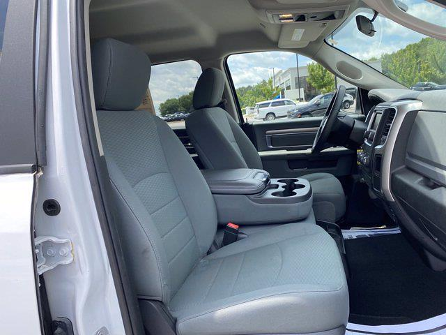 2019 Ram 1500 Crew Cab 4x4, Pickup #XR20961 - photo 18