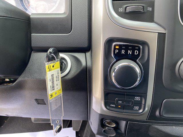 2019 Ram 1500 Crew Cab 4x4, Pickup #XR20961 - photo 25