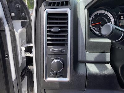 2019 Ram 1500 Crew Cab 4x4, Pickup #XR20961 - photo 22