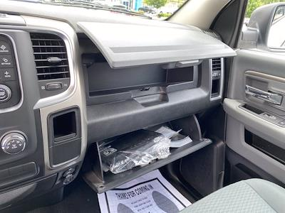 2019 Ram 1500 Crew Cab 4x4, Pickup #XR20961 - photo 28