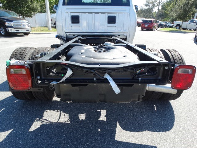 2017 Ram 5500 Regular Cab DRW Cab Chassis #170259 - photo 12