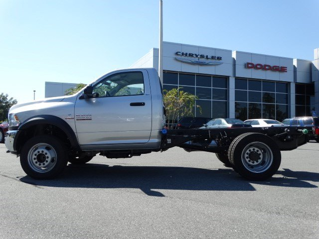 2017 Ram 5500 Regular Cab DRW Cab Chassis #170259 - photo 5