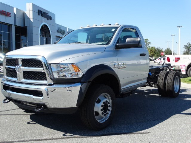 2017 Ram 5500 Regular Cab DRW Cab Chassis #170259 - photo 6