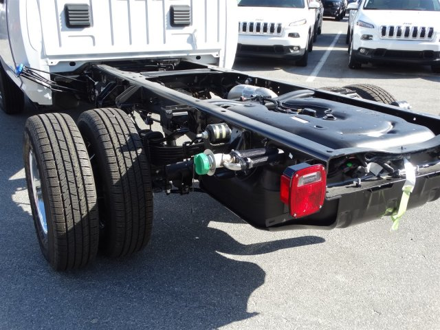2017 Ram 3500 Regular Cab DRW 4x4, Cab Chassis #170555 - photo 13
