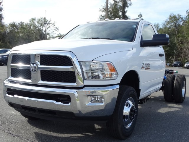 2017 Ram 3500 Regular Cab DRW 4x4, Cab Chassis #170632 - photo 8