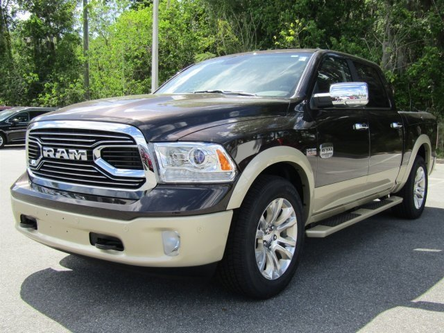 2017 Ram 1500 Crew Cab, Pickup #170795 - photo 7