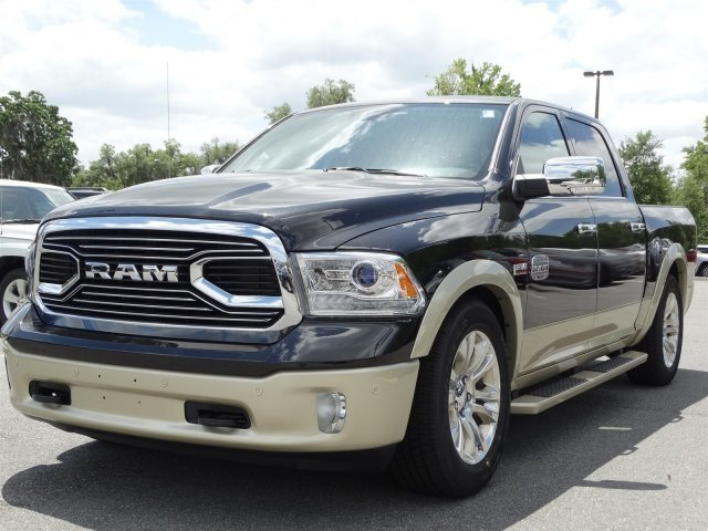 2017 Ram 1500 Crew Cab 4x4, Pickup #170855 - photo 6