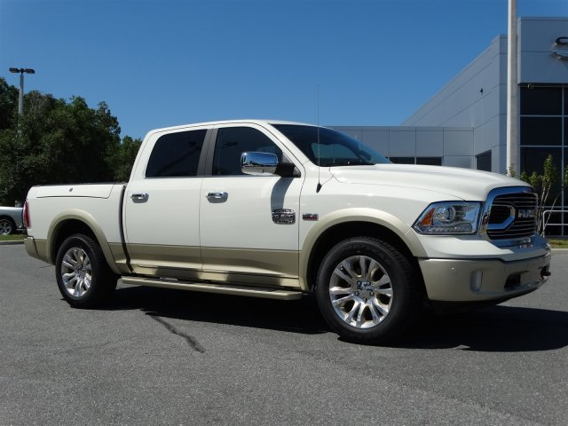 2017 Ram 1500 Crew Cab 4x4, Pickup #170860 - photo 3